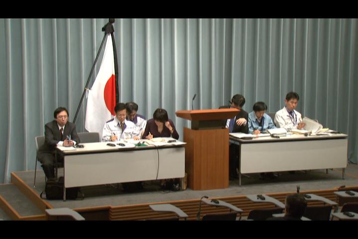 Press Briefing(The Situation after the Great East Japan Earthquake)(April 4th, 2011, at 20:00)