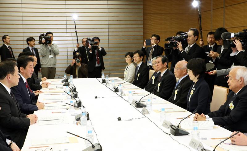 平成29年12月7日 行政改革推進会議 | 平成29年 | 総理の一日 ...