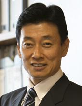 内閣府副大臣 西村 康稔 (にしむ...