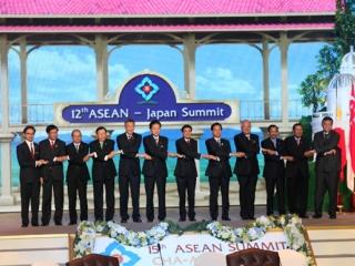総理の動き-ASEAN関連首脳会議等出席-平成21年10月23日〜25日