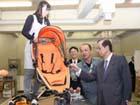 総理の動き-国民生活センターを視察-平成19年10月26日