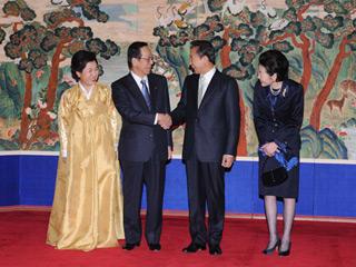 総理の動き-韓国訪問・李明博(イ・ミョンバク)新大統領就任式に出席